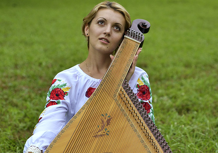 Groups_0023_UKR-008-Kateryna