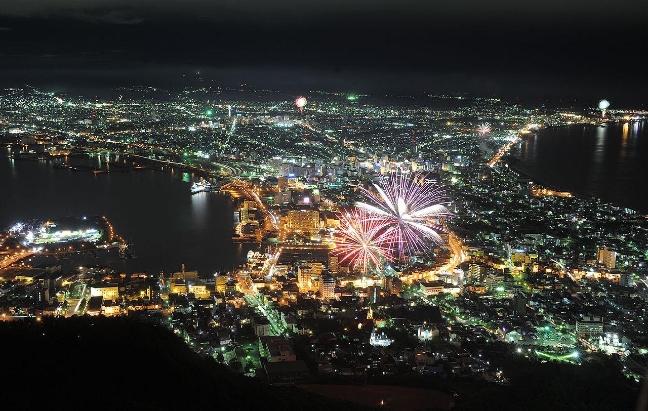 hakodate-festival-fireworks